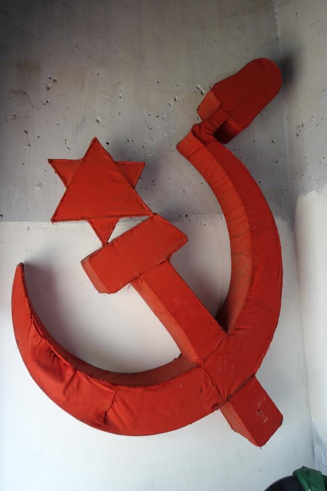 kommunisten von kochi handgenäht